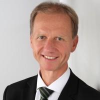 Prof. Dr. Dr. Stefan Vieweg, CFA