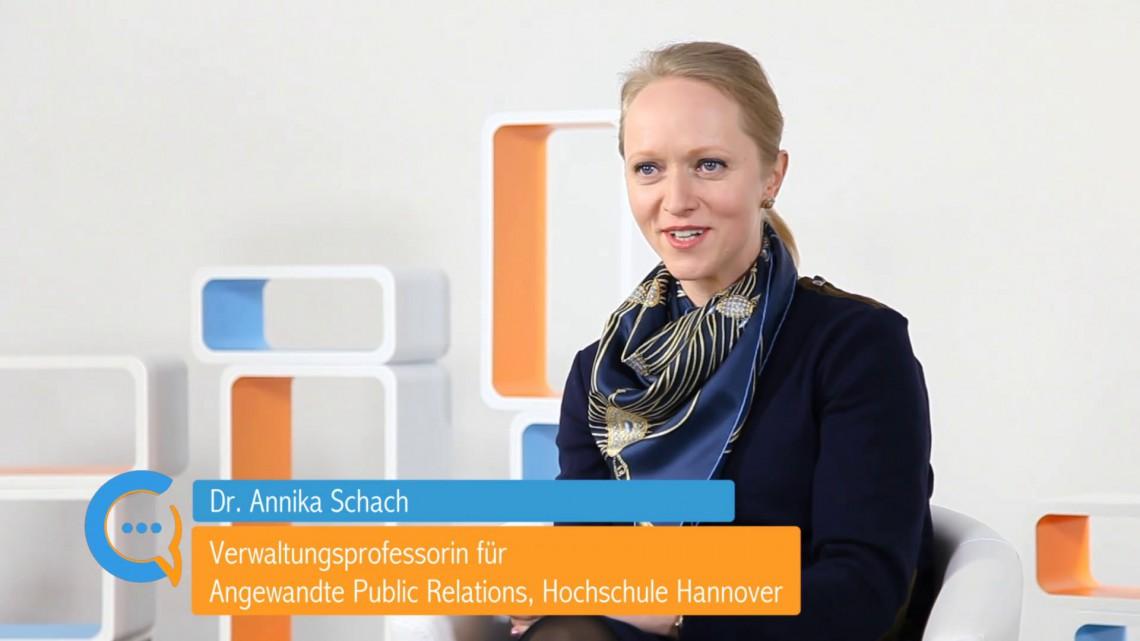 Compliance braucht Übersetzung: neues Videointerview mit Dr. Annika Schach