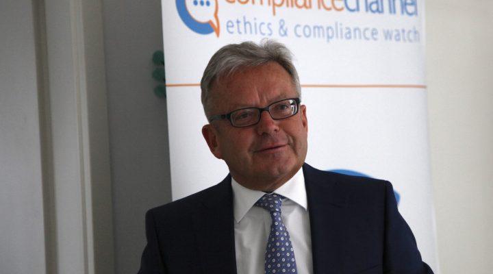 "Die Krux an Compliance-Schulungen –  Risikofaktor Mensch / ""Wirksamkeit von Compliance-Schulungen"""